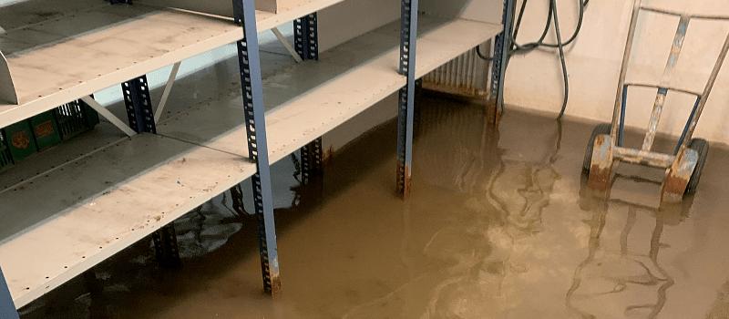 Vand i kælderen ved skybrud - Kloakservice døgnservice