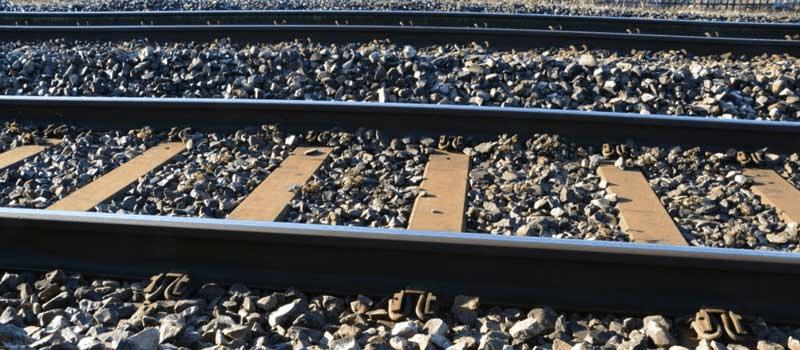 Vanding af jernbaneskærver - Granitskærver ved togspor